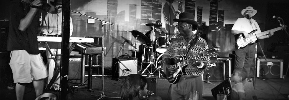 Billy Blues Texas Johnny Brown'99 blog