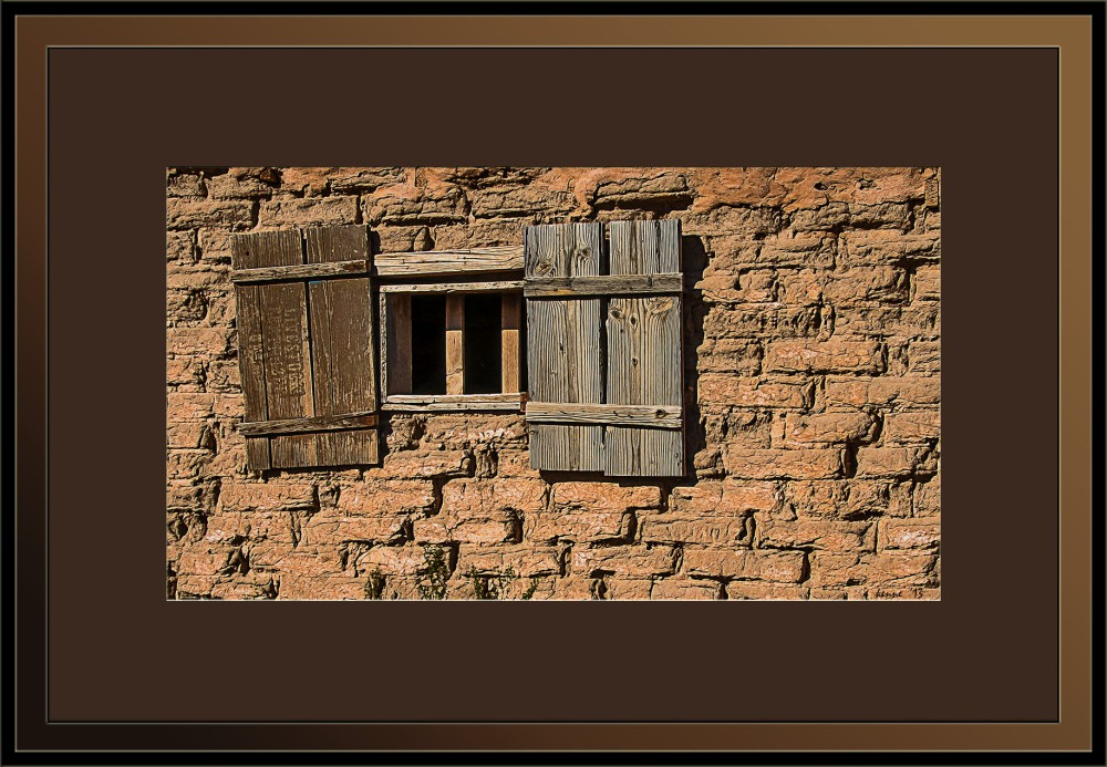 Old Tucson-9378_adobe window blog