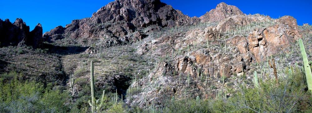 Ventana Canyon-2 Panorama blof