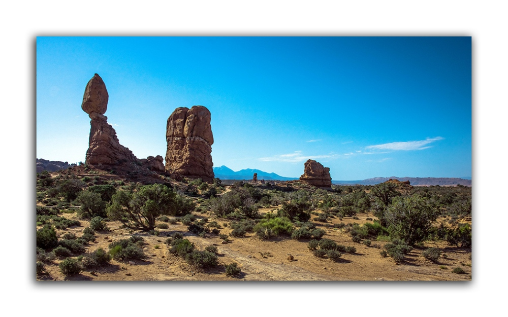 Arches Panorama (1 of 1)-3 Balance Rock blog