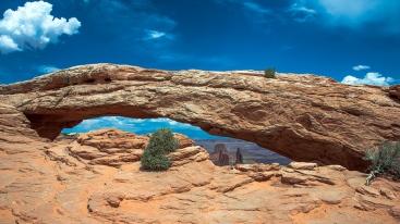 Canyonlands Mesa Arch (1 of 1) blog