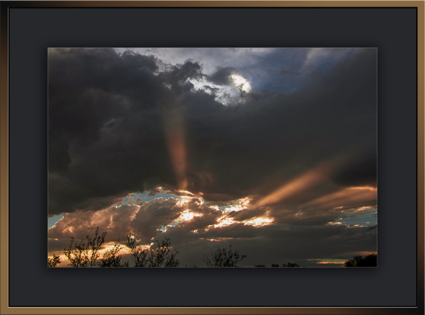 Sunset  Search-light Sky(1 of 1)-2 blog