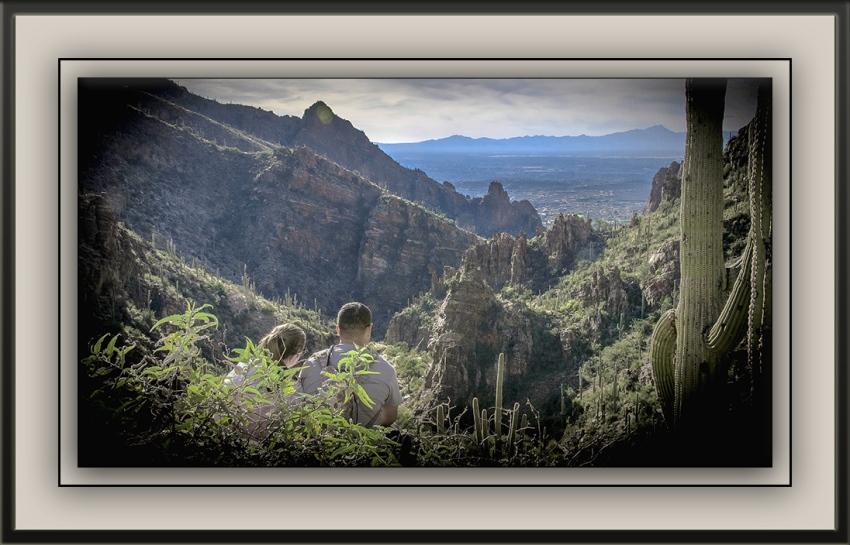 Ventana Canyon Couple (1 of 1) blog