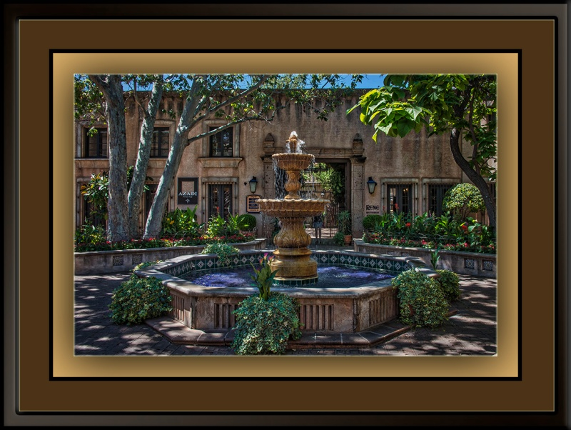 Tlaquepaque Courtyard (1 of 1)_art blog