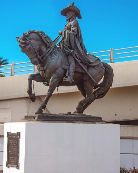 Statue in Hermosillo