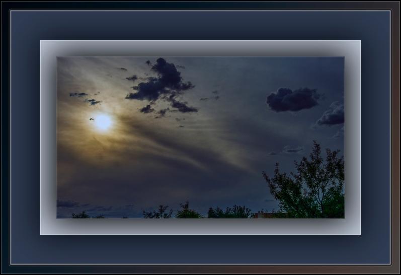 Haze, Sun and Clouds May 2015-7494 blog