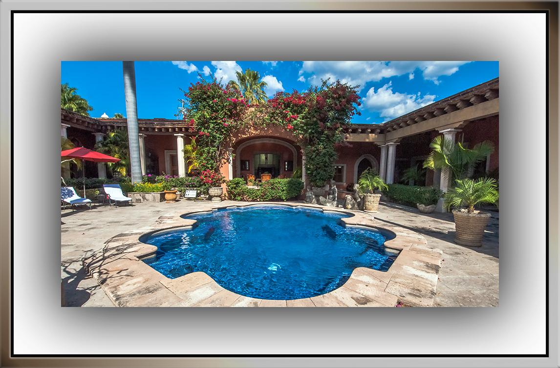 Hacienda Courtyard (1 of 1) blog
