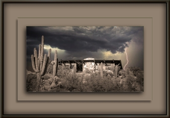 Milagrosa Loop (1 of 1)-9 Abanded House In Storm B&W_blog
