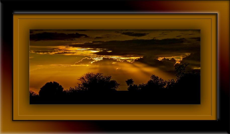 Sunset 2011-08-11 at 19-54-21 blog