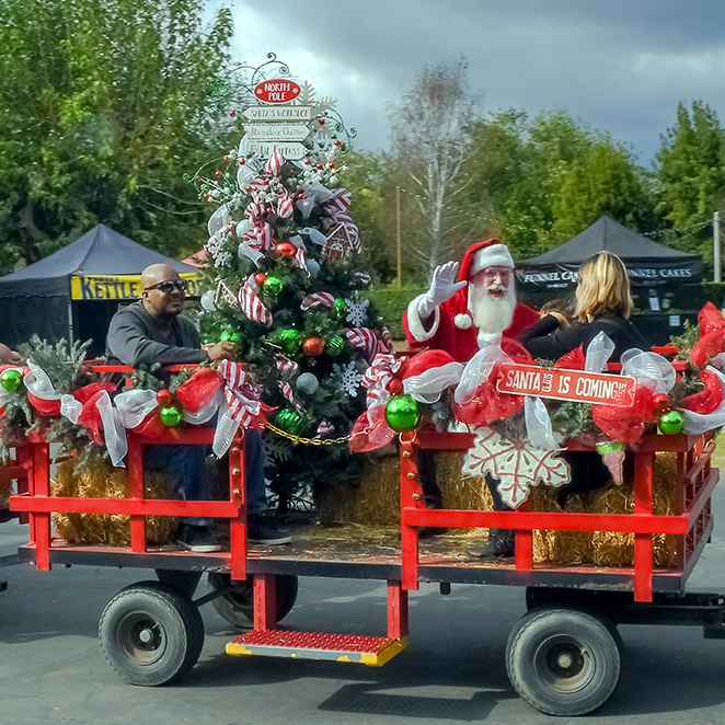Bates Nut Farm Santa is Coming-2a-blog
