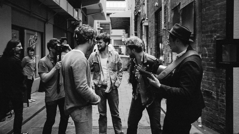 mumfordandsons_still_5