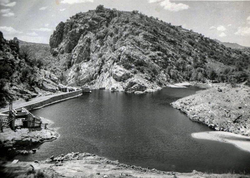Sycamore Reservoir B&W